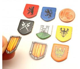 8 Tuiles blasons chevaliers - écussons 15 x 18 mm