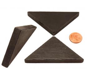 Triangle rectangle isocèle noir 67 x 47 x 8 mm en bois