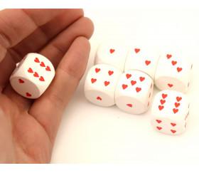 Dé en bois blanc avec coeurs rouges 18 mm