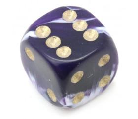Mini Dé à jouer marbré violet de 12 mm avec points dorés gravés
