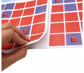 collage sur le plateau de jeu