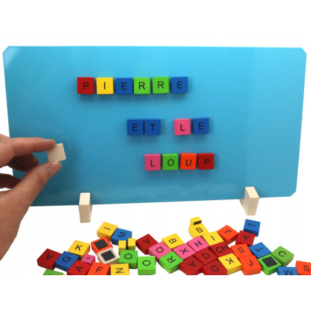 77 jetons lettres bois magnétiques avec tableau