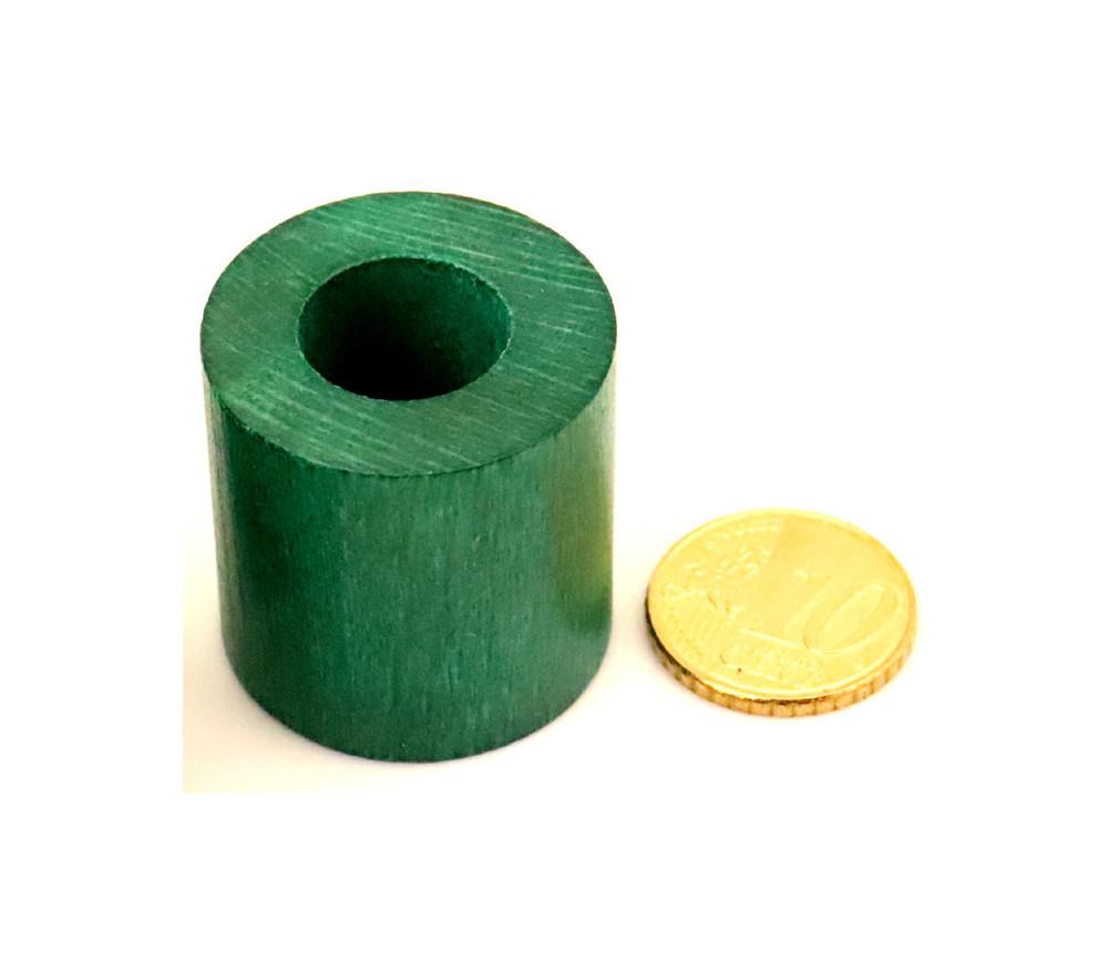 Cylindre troué diam 2.9 cm haut 3 cm anneau en bois vert