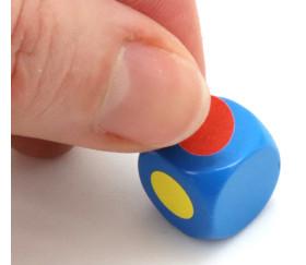 Dé neutre couleur 14 mm plastique à l'unité
