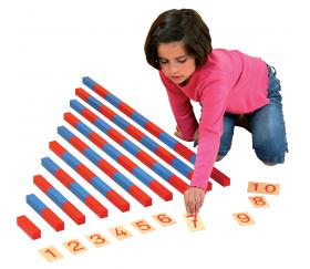Barres Montessori en bois rouge et bleu