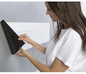 Tableau adhésif avec portée musicale et notes magnétiques