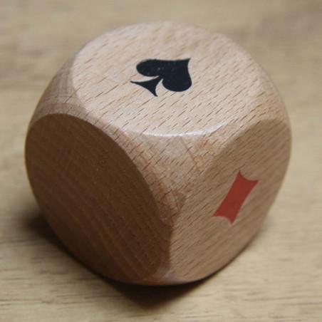 Grand Dé belote bois 4 cm atout symbole des cartes