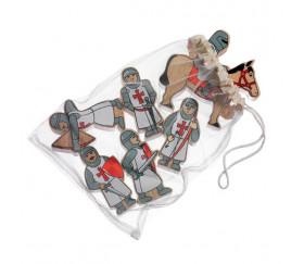 6 Figurines chevaliers en bois