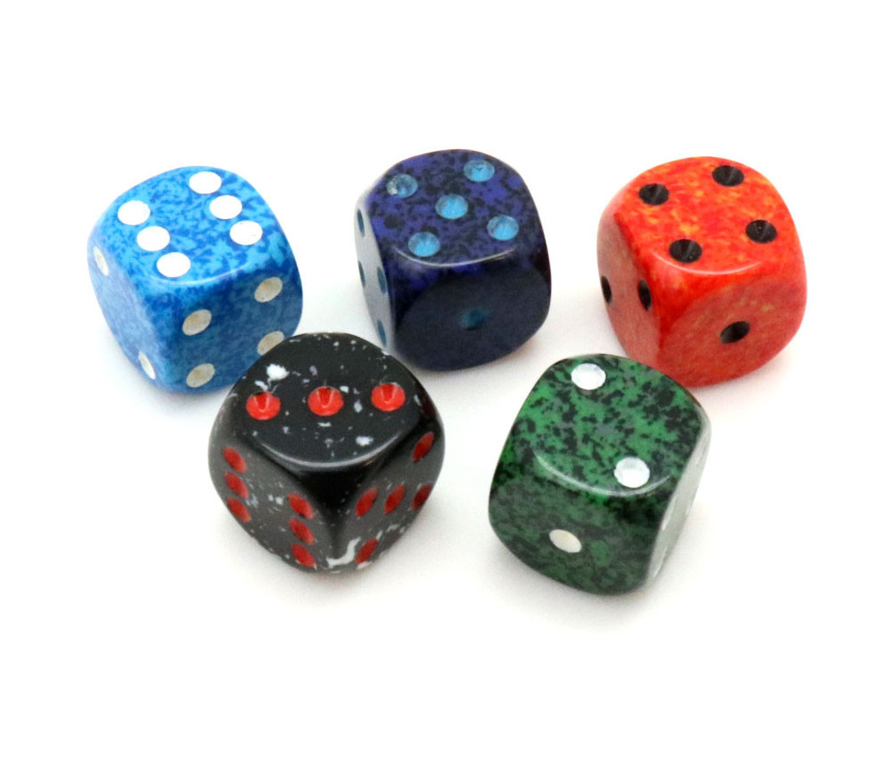 5 Mini Dés speckle 12 mm - 5 couleurs