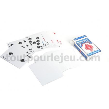 Cartes à jouer recto avec figures et verso blanc magie