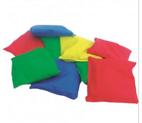4 petits sacs tissus remplis de graines 12 x 11 cm
