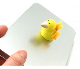 Pion oiseau jaune en bois et feutrine 30 x 35 mm