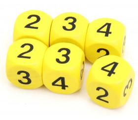 Dé 2 2 3 3 4 4 en bois de 16 mm jaune