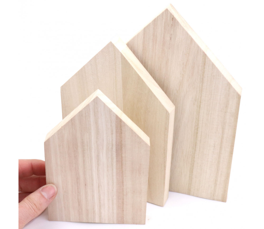 3 Maisons bois : petite 15 cm, moyenne 18 cm et grande 21 cm