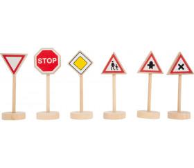 25 panneaux de signalisation en bois