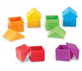 6 Maisons avec toits amovibles et empilables 8 x 7 cm