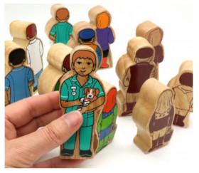Sage-femme en bois 100 x 40 x 25 mm personnage jeu