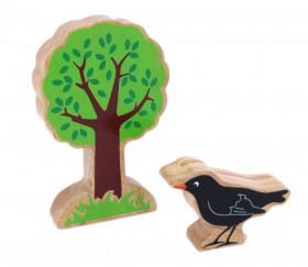 corbeau et arbre en bois