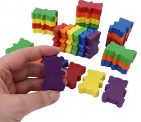 6 ours en bois colorés pour jeux.
