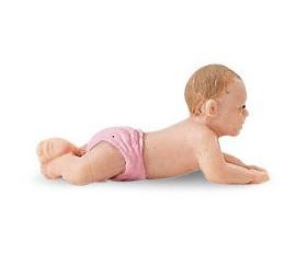 Figurine mini bébé culotte rose