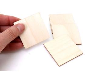 4 tuiles carrés 5 x 5 cm en bois CP brut pour jeux et bricolages