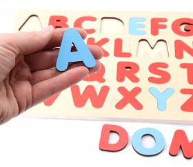 Puzzle alphabet en bois voyelles consonnes différenciées