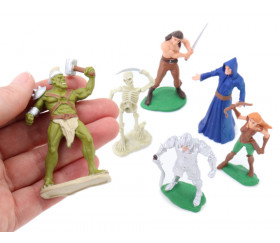 Héros et monstres : 6 figurines de jeu environ 6 cm