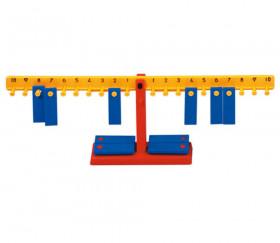 Balance élève de 33 cm avec 20 poids de 10 g