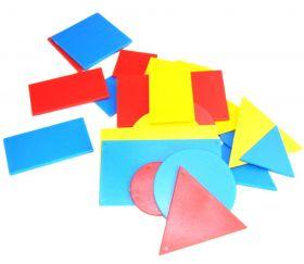 24 formes géométriques triangle, rectangle, carré, rond en 3 couleurs