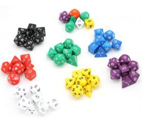 Lot de 7 dés multi-faces opaques couleurs