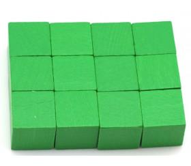 12 Cubes en bois 2 cm. 20 x 20 x 20 mm vert