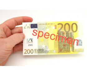 Set 100 billets de 200 euros factices pour jeux