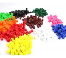 1000 pions cubes emboîtables 1 cm clipsables